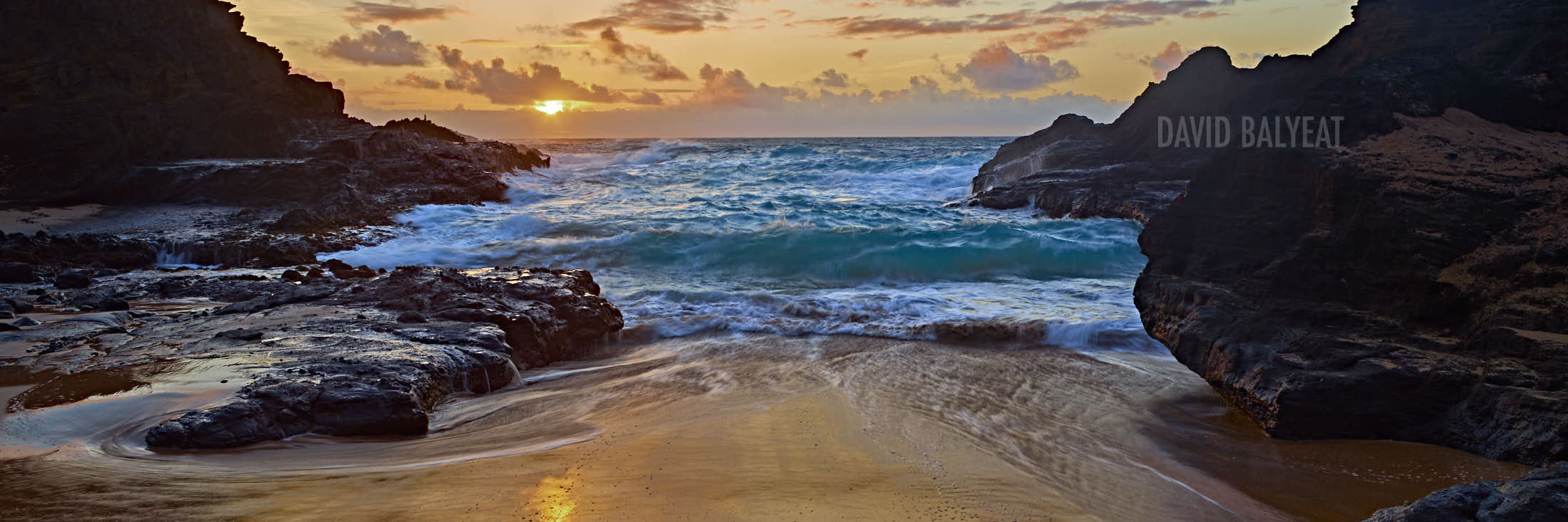 Hidden cove Hawaii sunrise panoramic high-definition HD professional landscape photography