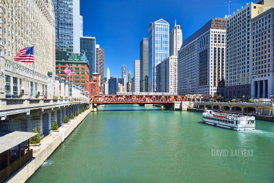 Chicago River ferry train high-definition HD professional cityscape photography