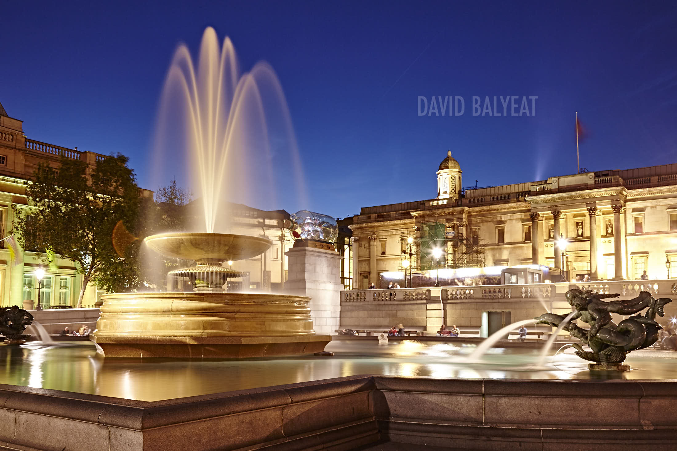 Trafalgar Square London fountains high-definition HD cityscape photography artwork